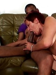 Mature gobbles fat dicks and lets one fuck her pussy in their hardcore threesome