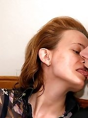 Lad didn't expect the dinner with his mature girlfriend turn into really hot fucking but he used it with real pleasure